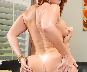 Cumshot scene in close up features mature mom Janet Mason in high heels