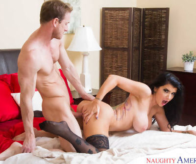 Wife in heats Romi Rain shows off dealing extra large dick in her wet fanny