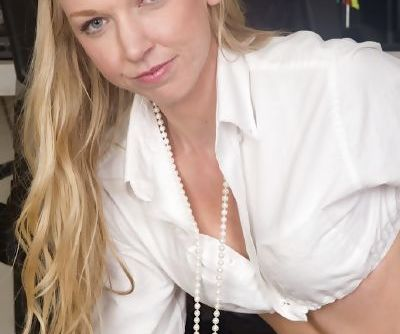 Leggy blonde first timer Kara Stone flashing upskirt underwear