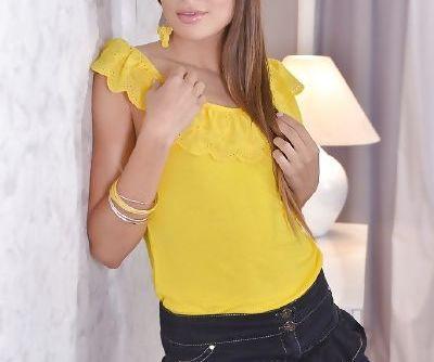 Stunning brunette girl next door Talia Mint flashing upskirt underwear