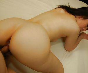 Asian MILF with tiny tits Junko Takeyama gives head and gets nailed