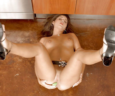 Leggy MILF Tiffany Summers strips in kitchen for toying of horny pussy