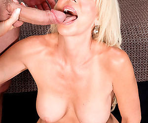 Hot mature mom Erica Lauren does anal sex with the neighbours son