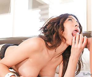 Deepthroat blowjob done by a brunette mature lady Heather Vahn