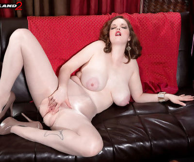 Busty chick Bebe Cooper plays with her pussy wearing crotchless pantyhose