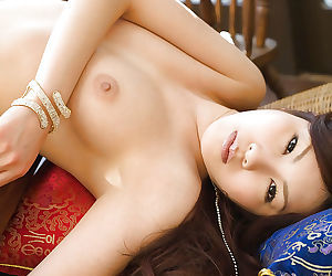 Lovely asian babe with amazing ass Ryo Shinohara stripping