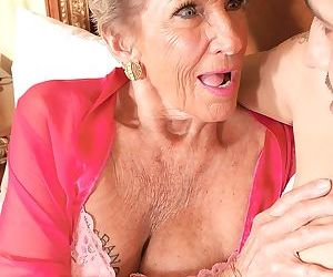 The oldest pornstar in the world gets facialized after doing anal sex