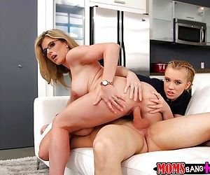 Mom and teen duo Cory Chase and Bailey Brooke swapping cum after 3some