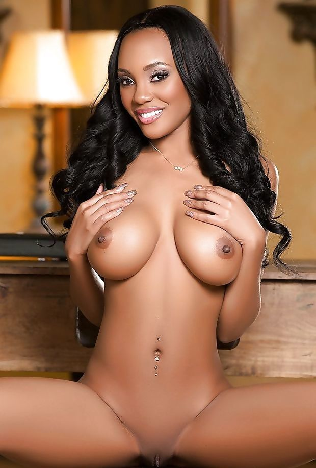 Ebony Beauty #154753