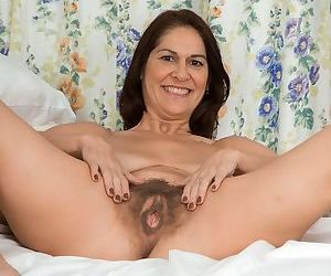 It looks like brunette mature Kaysys vagina has never been shaved