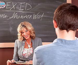 Hot mature teacher shannon west fucks her toy boy - part 2578