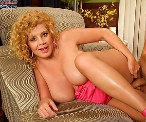 Curly haired mature lady arowyn white gets her big juggs and pussy banged hard - part 1256