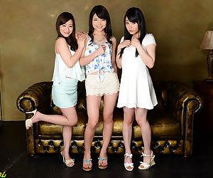Three hot japanese chicks - part 4127