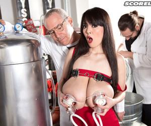 Big japanese boobs fucked on milk vacation - part 2706