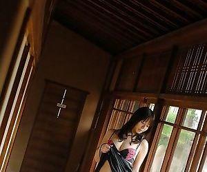 Ai takeuti asian slut shows perfect ass in panties - part 4068