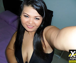 Chubby asian girl gip takes photos of herself - part 4095