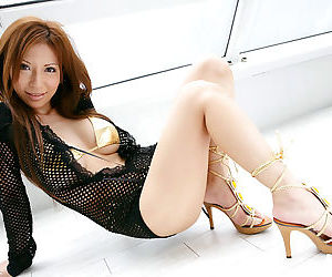Japanese model posing - part 262