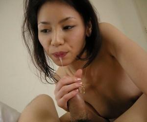 Naughty japanese kaede sucking a cock till facials - part 1045
