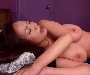 Asian ruri saijo gets hot acrobatic fuck - part 4658