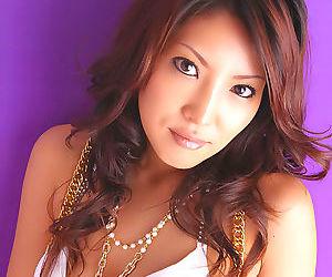 Hot japanese pornstar saya shows off her tits - part 4670