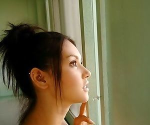 Japanese model maria ozawa in bikini shows titties - part 3892
