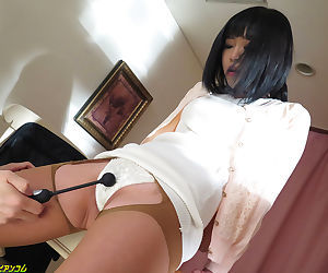 Japanese amorous wife advent - part 4071