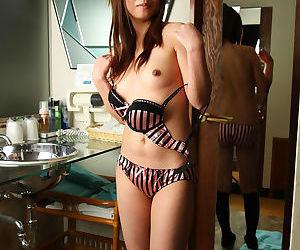 Japanese amateur posing nude - part 4883
