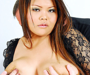 Sexy bbw from thailand sucks cock and fucks older white guy - part 2528