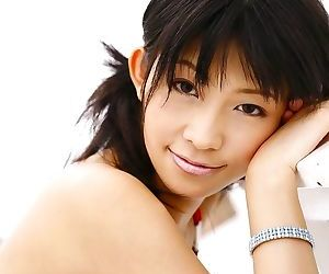 Busty japanese model sasa handa shows off her body - part 834