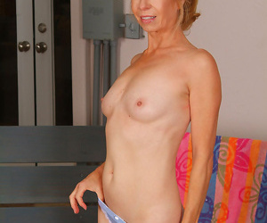Gorgeous grandma finishes her workout and peels to cool off-marie kelly-jun 28th - part 1216
