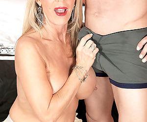 Busty old slut - part 3343