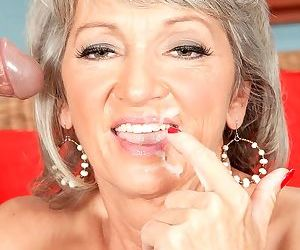 Blonde mature woman gets fucked hard - part 2687