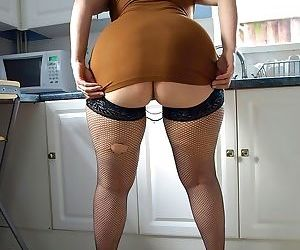 Big titted mom daniella spreads her large ass in fishnet black s - part 1584