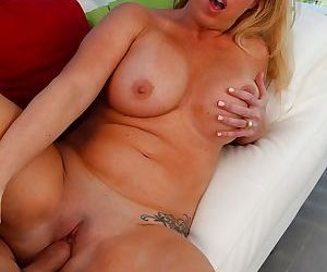 Busty mature wife janna hicks gets fucked by her side piece - part 3017