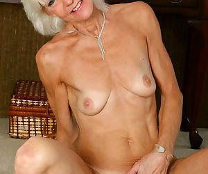 Mature blonde gilf mimi smith - part 2218