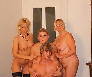 Mature nl porn pics - part 3266