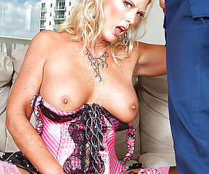 Luscious mature in stockings and corset charley rose seduced by a cable guy - part 2448