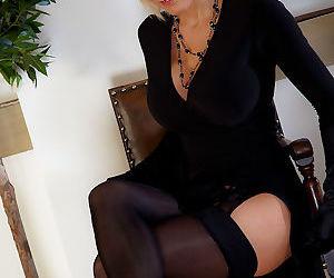 Milf jan burton in stockings and pantyhose layers - part 20
