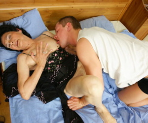 This granny gets fucked by her boy toy - part 625
