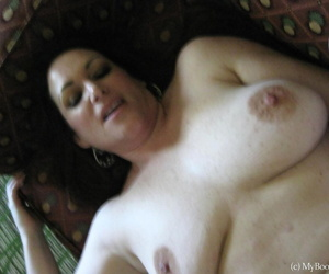 Overweight mature woman Ryan Edel exposes her big butt during a hard fuck