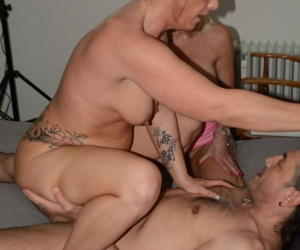 German grannies with great legs share a cock and cum in a threesome