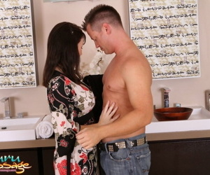 Client gets full body sliding & cock sucking service from busty RayVeness