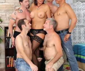 Mature slut Vanessa Videl spills cum from her mouth after being gangbanged