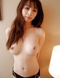Pretty asian Mummy Natsuki Mishima exposing her incredibly fantastic forms