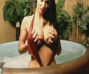 savita bhabhi porno - Rubdown On Hooters