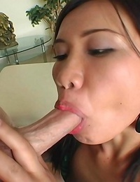 Big booty chick tak holds the shaft sweetly in her mouth - part 1961