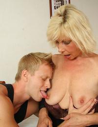 Hot blond granny fucking fat stiff cock - part 4488