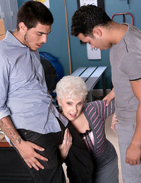 Busty granny bud having two hard cocks to blow - part 4268