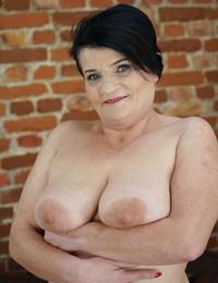 Fat grandma Dolly Bee slams cock in her throat before getting her beaver slammed