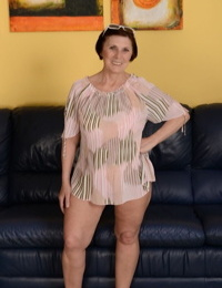 Dark haired granny Margo T. gushes her fat round butt in a solo episode